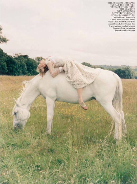 Rent White Horse & Georgia May 3